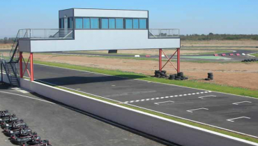 CONSTRUCCIÓN DE KARTÓDROMO E INSTALACIONES ANEXAS (EXTREMADURA)