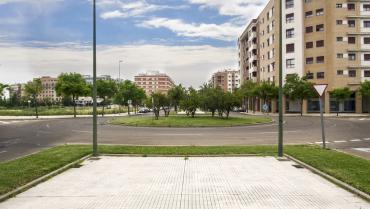 URBANIZACIÓN PLAN PARCIAL SUP-I-1 SAN ROQUE EN BADAJOZ (EXTREMADURA).
