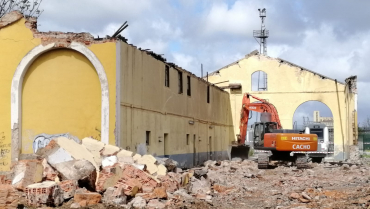 PROYECTO Y OBRA DE CONSTRUCCIÓN DE LA NUEVA BASE DE MANTENIMIENTO DE BADAJOZ